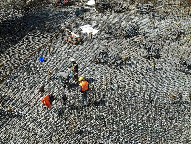 People on the construction site